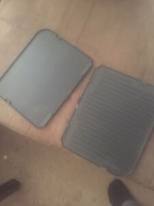 All in one griller plus waffle iron add on Kitchener / Waterloo Kitchener Area image 3