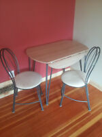 Dining foldable table for two