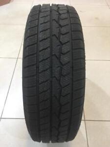 4 pneus d'hiver neufs 225/70/16 Farroad FRD78 103T. ***LIVRAISON GRATUITE AU QUÉBEC***
