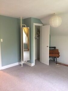 2 rooms for rent in East City Peterborough Peterborough Area image 6