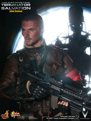 Terminator 4 John Connor (Hot Toys 1/6 Terminator Salvation Collectors Edition  John Connor   MMS)