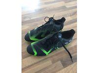 Adidas TKRZ Football Boots size 10.5