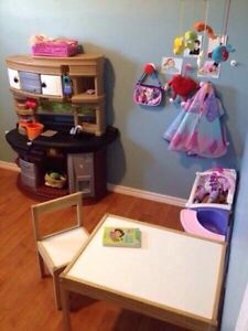 FULL TIME CHILD CARE AVAILABLE NOW  Cambridge Kitchener Area image 1