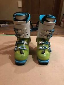 Ladies Scarpa Freedom SL Touring Boots (Sz. 23.5) **REDUCED**