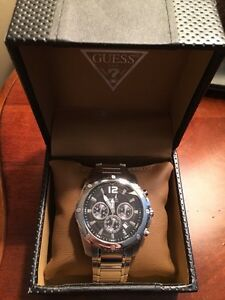 SELLING A GUESS WATCH **BRAND NEW**