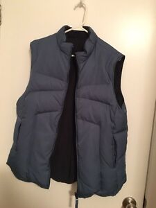 Size Large Windriver Down Filled Reversible Vest