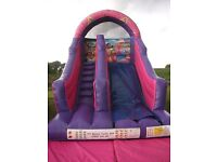 777 bouncy castle hire ( Ballymena,Ballyclare,Larne,Antrim, Carrick &Glengormley)