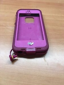 iPhone 5/5s life proof case pink