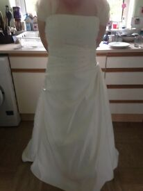 Size 20 Ivory Wedding Dress