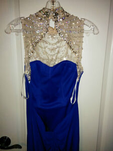 BEAUTIFUL ROYAL BLUE PROM DRESS FOR SALE! Windsor Region Ontario image 4