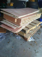 Free scrap wood and pallets