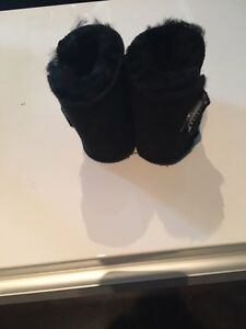 Baby Authentic Uggs boots London Ontario image 4