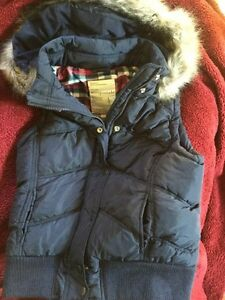 New Aeropostale ladies vest large