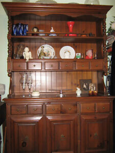 Confederation Pine dining room set London Ontario image 1