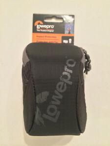 Brand New Lowepro Dashpoint 20 Padded Camera Bag / Pouch
