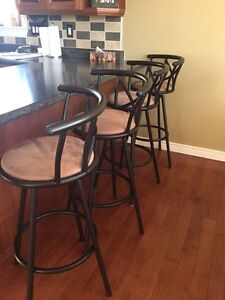 SIX SWIVEL BAR STOOLS $30 Each