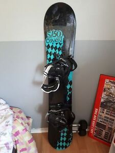 Barely used snowboarding kit