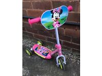 Minnie Mouse Scooter - £5