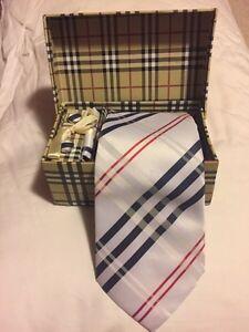 Burberry Tie & Accessories Kit Kitchener / Waterloo Kitchener Area image 1