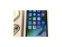 Apple iPhone 6 black 16 GB on o2 boxed accessories