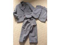 Boys suit age 2-3