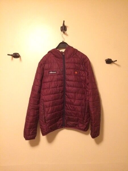 Ellesse red puffer jacketin Hazel Grove, ManchesterGumtree - Great condition pretty much brand new at a bargain price Size M