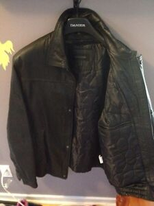 * Men's Leather Coat for Sale! * Peterborough Peterborough Area image 2