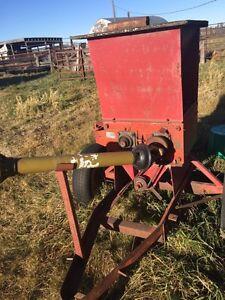 Roller  mill for sale Regina Regina Area image 3