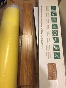 72 sq ft Goldleaf Rustic Oak Laminate w Underpad