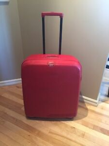"""High Quality """"Delsey Axial"""" hard case suitcase  Strathcona County Edmonton Area image 1"""