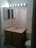 CLEAN - 2 bedroom apartment - AVAILABLE NOW