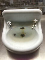 Lavabo en Fonte antique Port Hope F-139