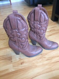 Ladies size 9 shoes prices in ad