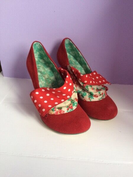 Irregular choice flick flack size 37
