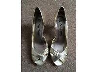Anne Michelle Rapture 89 Gold D'Orsay Heels Size 4 UK