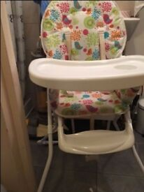 BABY CHAIR FOR FEEDING