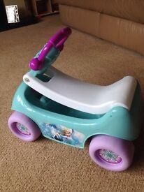 Lovely little frozen singing wagon
