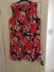 Woman's Wolfe & whistle designer dress size 18