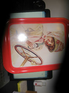 VINTAGE 1972-495 COCA COLA TRAY GIRL IN DUSTER Kingston Kingston Area image 1