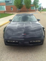 FOR SALE: 1990 Chevy Corvette.$11,000 obo. A GREAT DEAL!!!
