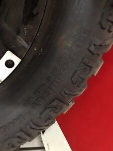 2009-2017 Dodge Ram 2500 rims and tires  London Ontario image 2