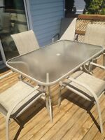Patio dining set with 6 chairs. Great condition
