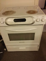 kitchenAid smooth top Convection oven/ Stove (self clean)