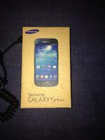 ROGERS Samsung Galaxy S4 mini 16GB STILL IN BOX.