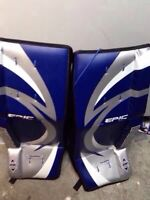"Vaughn 28"" Street Hockey Pads NEW!"