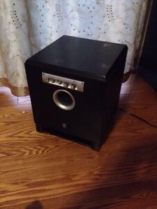 Yamaha Powered Subwoofer Belleville Belleville Area image 3