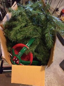 6.5' Canadian pine artificial Christmas tree