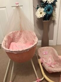 Baby Annabell crib and car seat.