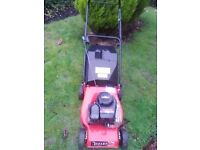 CHAMPION BRIGGS AND STRATTON PETROL LAWNMOWER IN EXCELLENT CONDITION