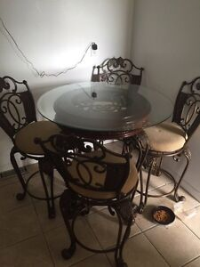 Metal dining room table Top is glass With 4 swivel chairs Cambridge Kitchener Area image 1